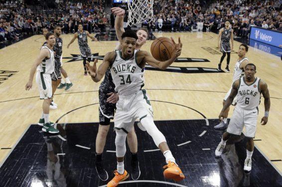 Giannis v Spurs AP