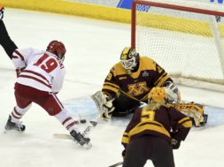 Wisconsin Minnesota womens hockey AP