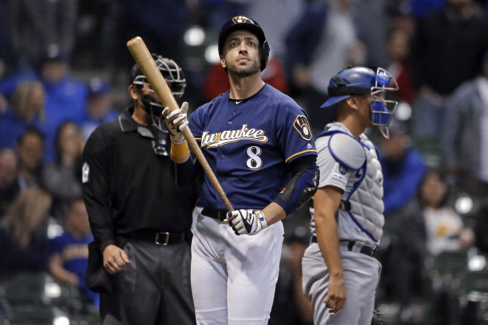 Yelich homers, but too little, too late, as Dodgers hold of Brewers