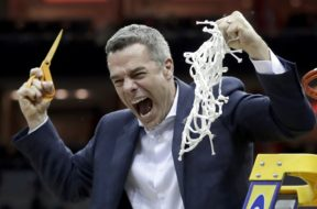 Virginia coach Tony bennett cut net AP