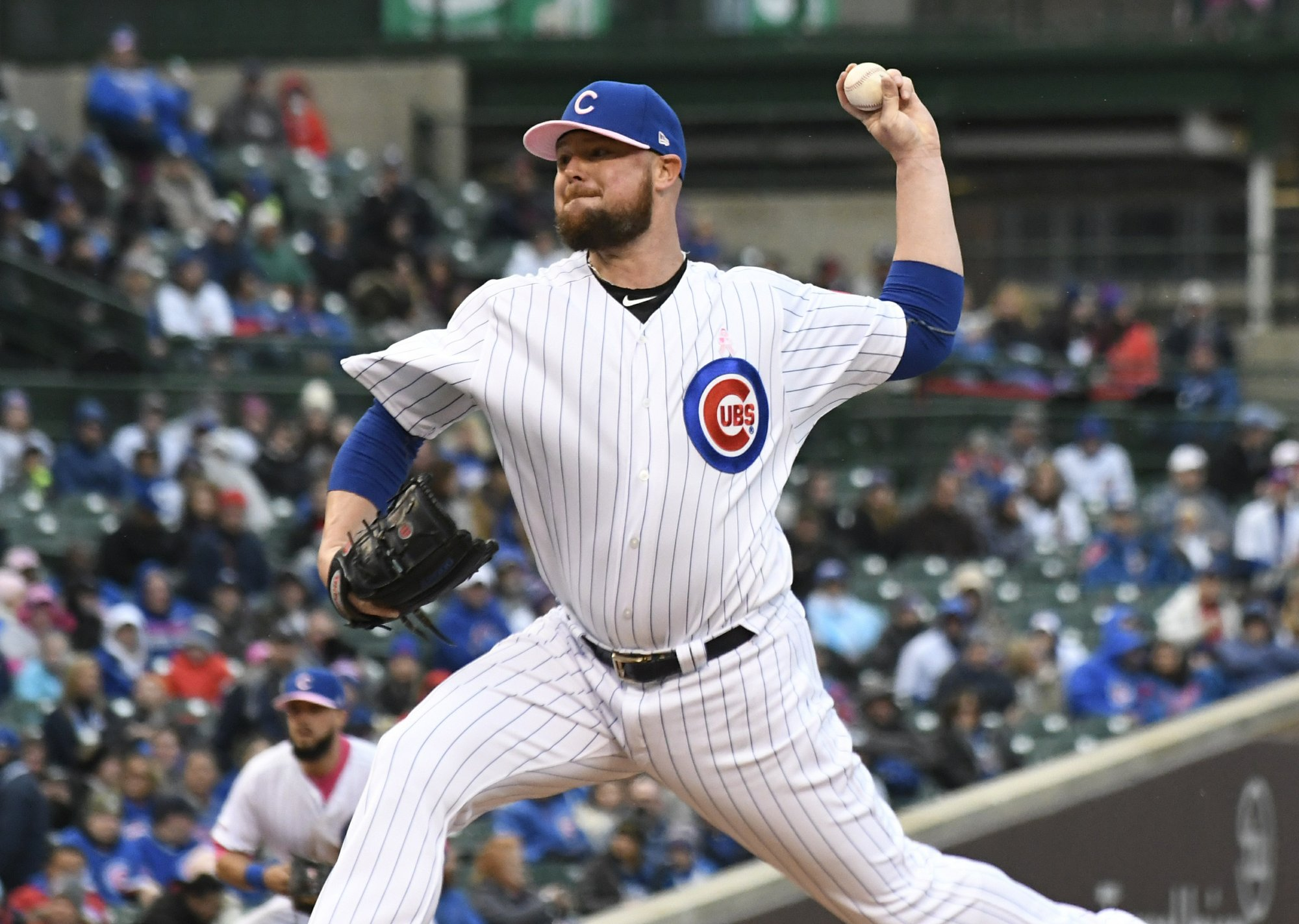 Bullpen fails Brewers, as Cubs take series