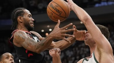 Raptors Bucks Basketball