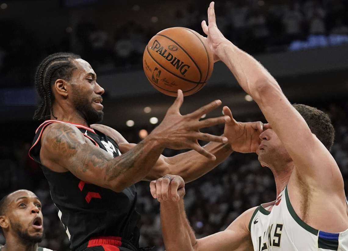 GAME 1 BUCKS-RAPTORS: Kawhi Leonard vs. … Brook Lopez?
