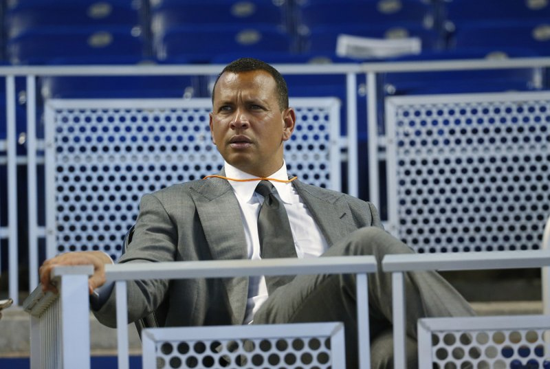 A-Rod, bidding for Mets, wants players to accept cap system