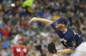 Brewers Woodruff throwing AP