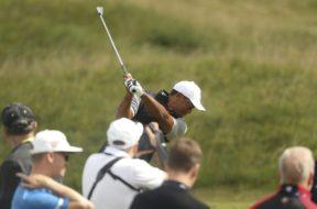 Tiger Woods practice AP