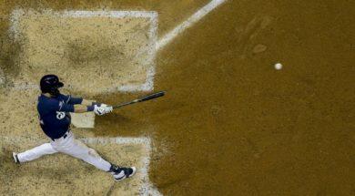 Yelich swings Grand Slam AP