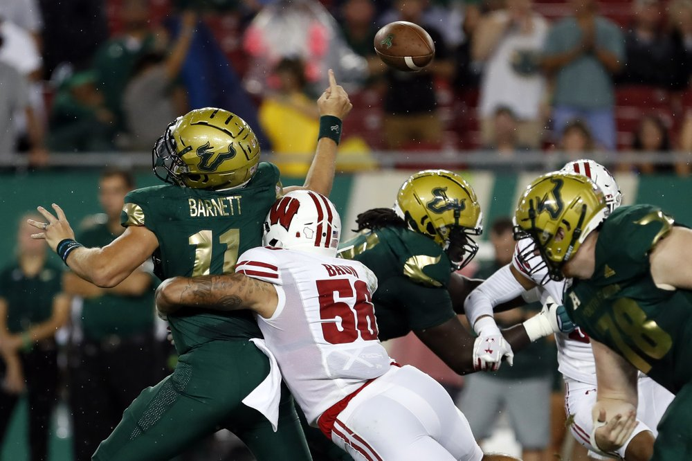 First-half surprises include stingy Wisconsin, LSU's Burrow