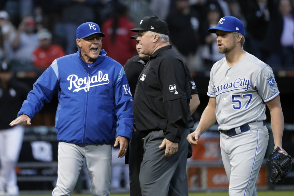 Manager Yost, who began playing career with Brewers, to retire as Royals' career wins leader