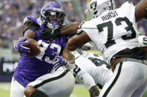 Vikings Dalvin Cook v Raiders AP