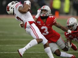 Badgers Pryor tackled OSU AP