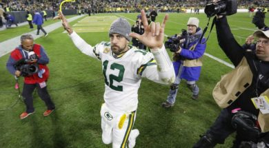 Packers Aaron Rodgers win Lions AP