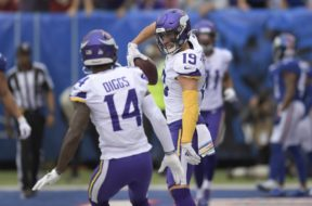 Vikings Adam Thielen celebrate TD Diggs AP