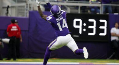 Vikings Diggs catch AP