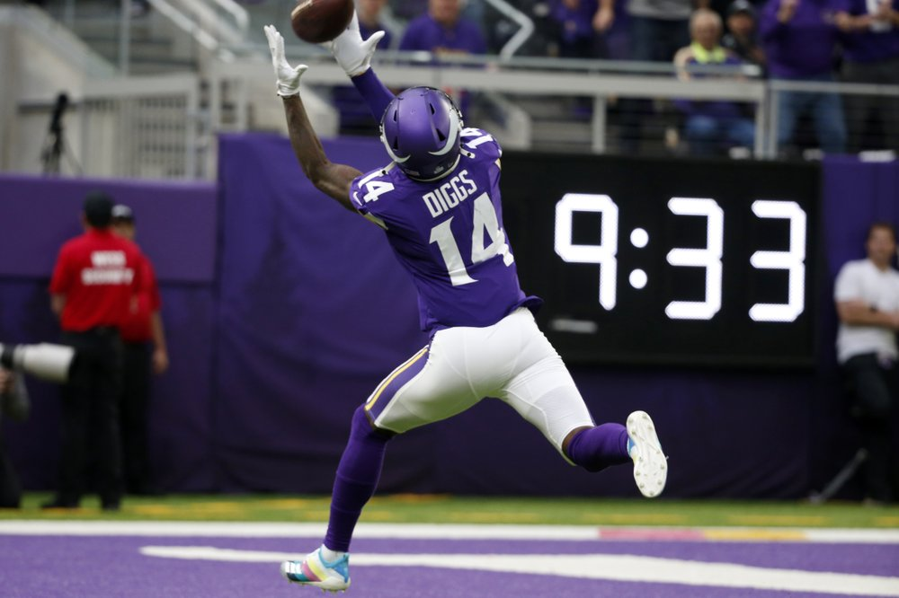 Vikings, Cowboys On The Cusp Of NFC Playoff Berths