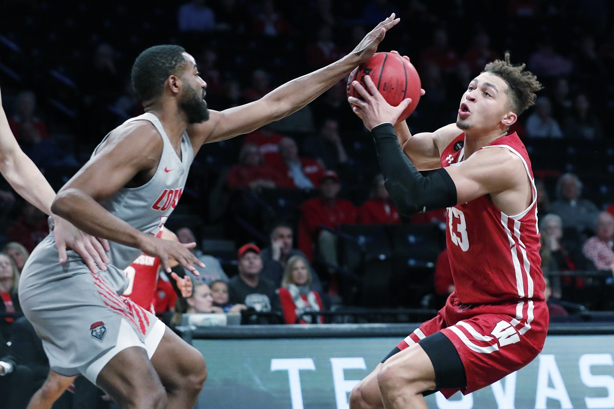 La Crosse's Kobe King back on track, as Badgers host Illinois?