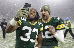 Packers Aaron Jones Rodgers selfie AP