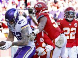 Vikings Kyle Rudolph v Chiefs AP