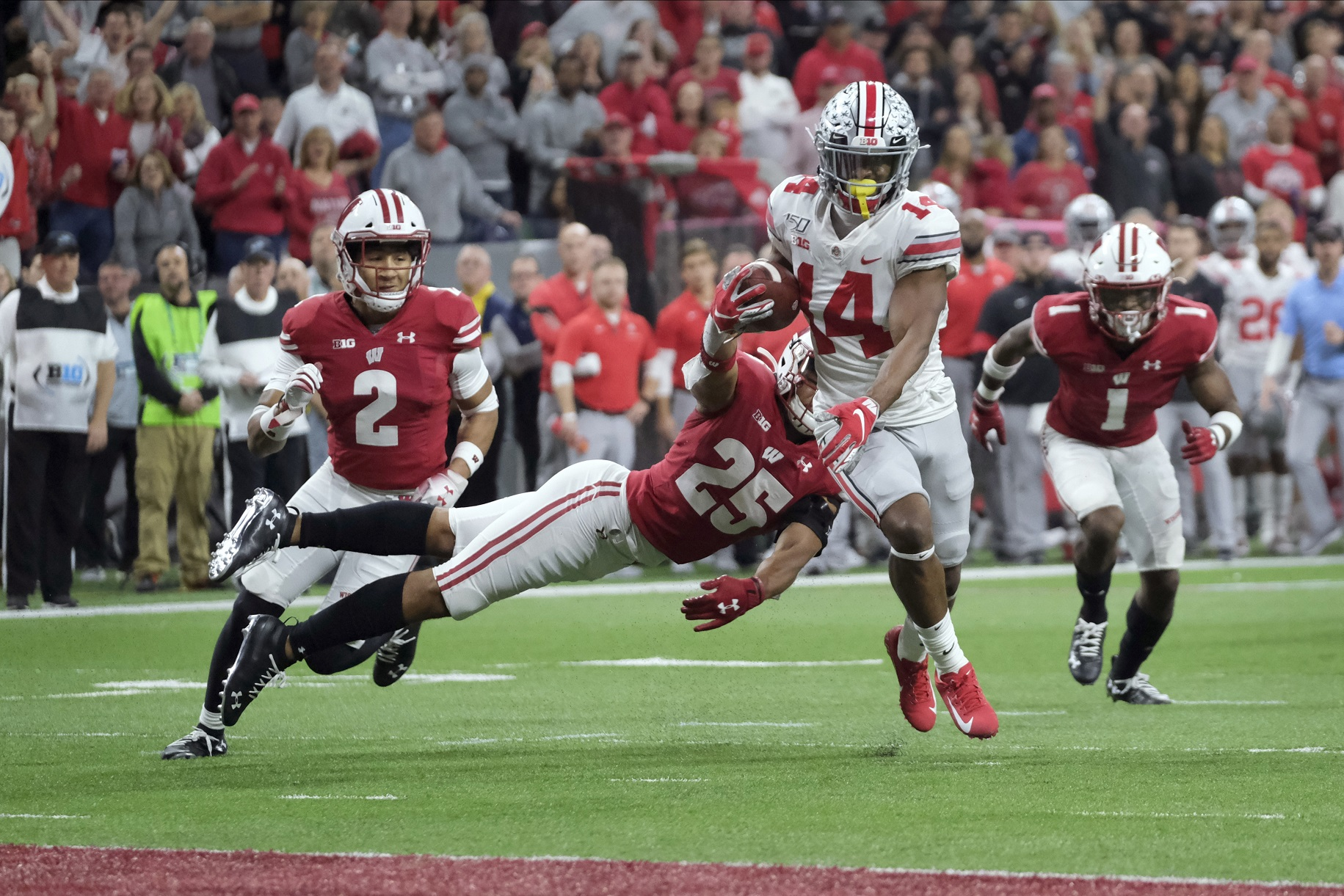 AP Top 25 Reality Check: Big Ten back in poll, not on field; Badgers No. 19