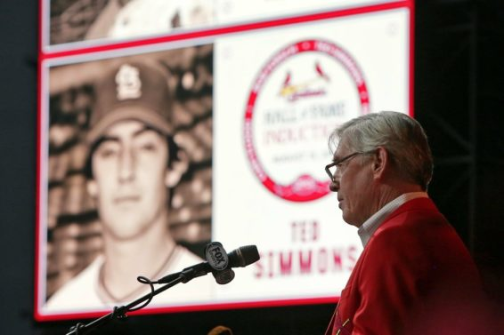 Cardinals Brewers Ted Simmons AP