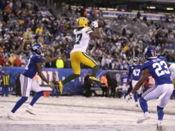 Packers Davante Adams v Giants AP