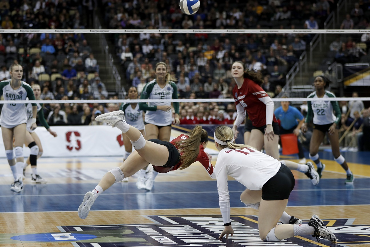Badgers take down No. 1 Baylor, set to face Stanford for National Championship