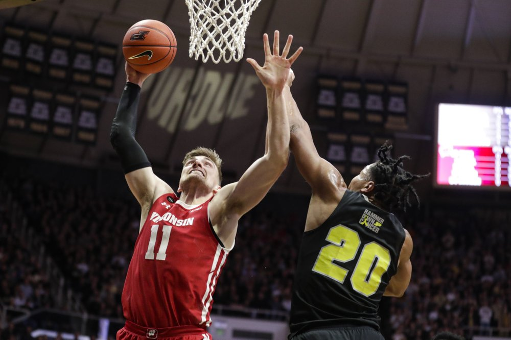 Purdue continues home dominance of Wisconsin in 70-51 rout