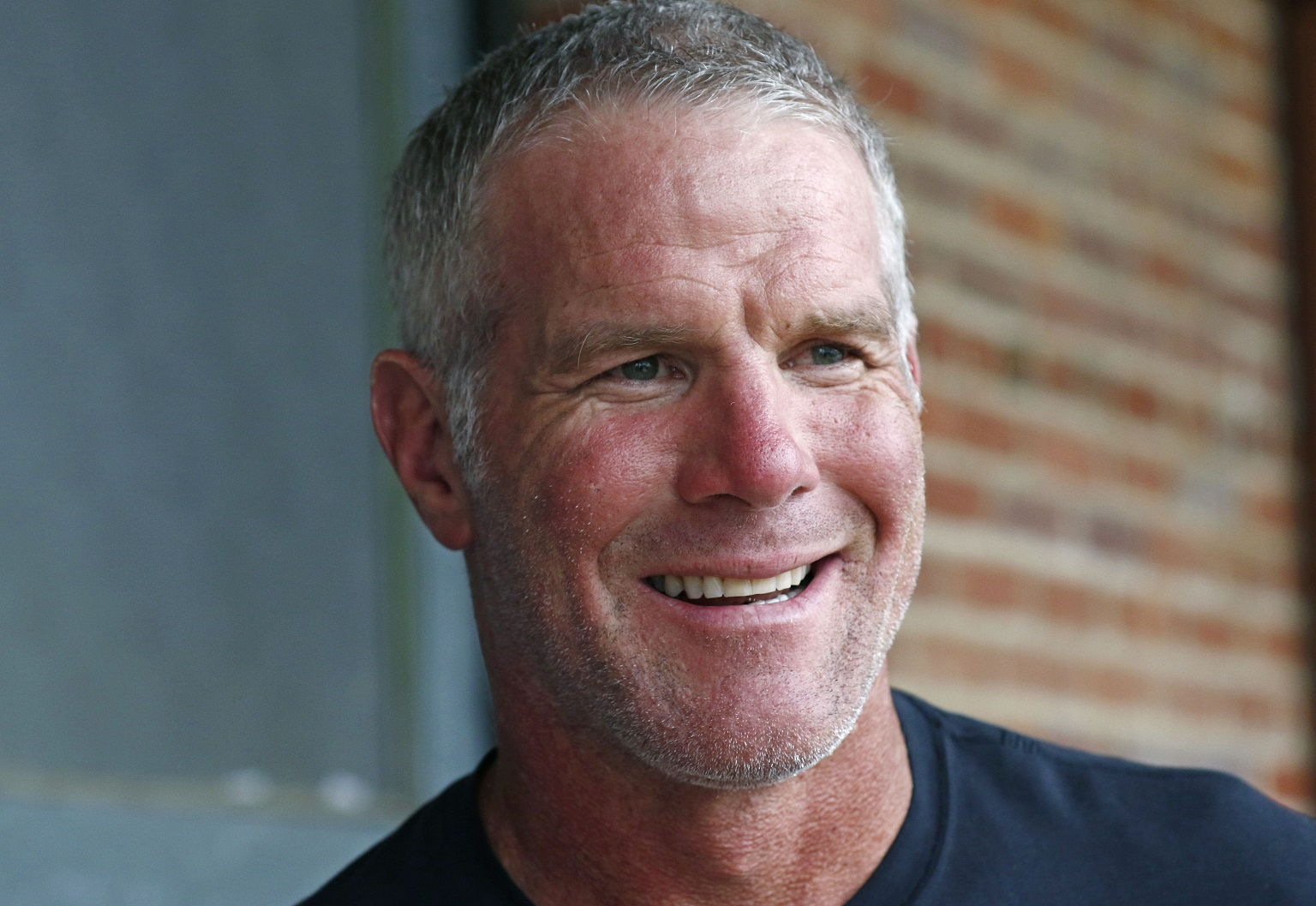 Packers legend Brett Favre talks Mahomes, Super Bowl and can't pick a favorite