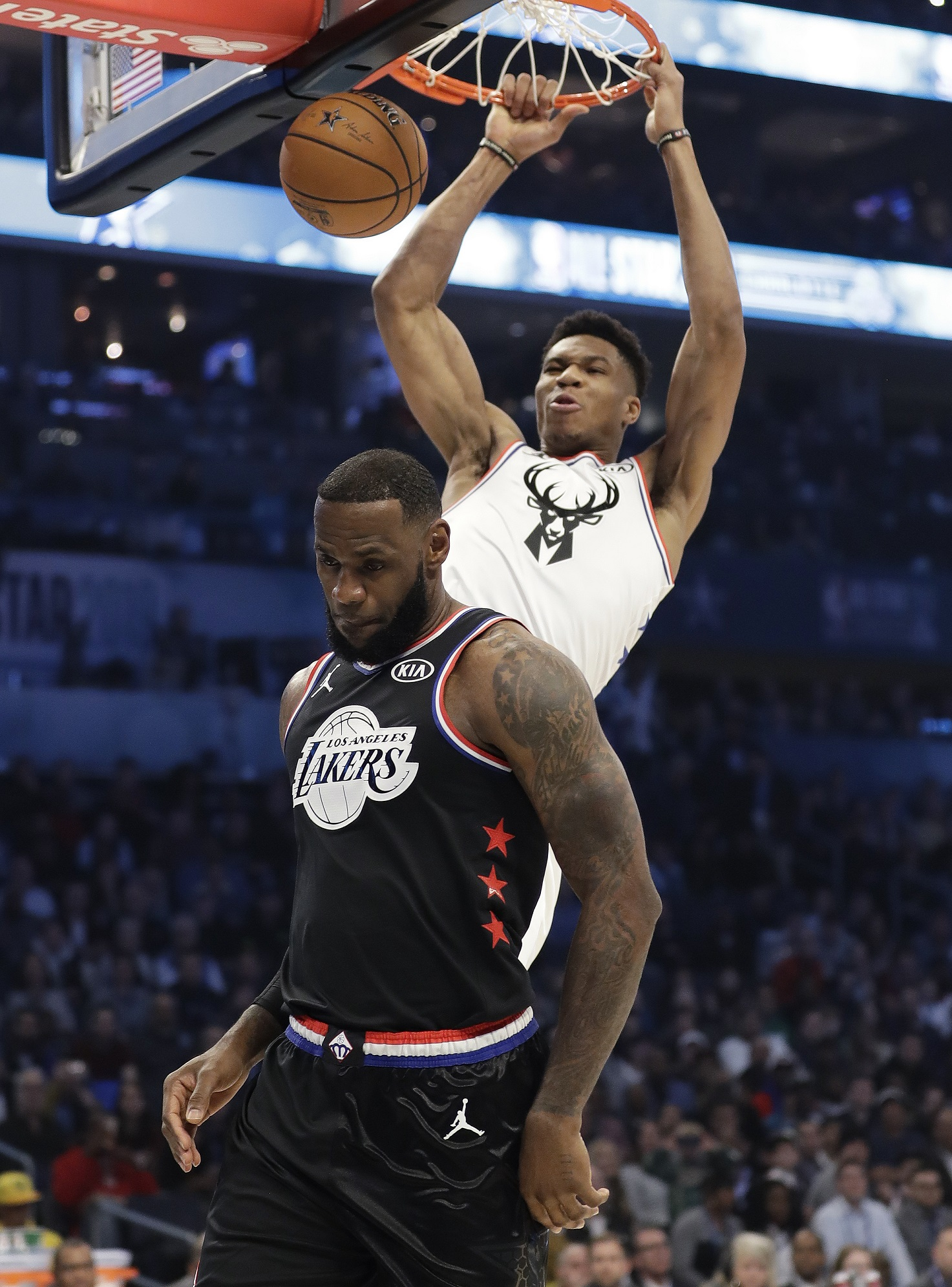 Rematch! Giannis vs. LeBron Antetokounmpo, All-Star captains again