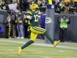 Packers Davante Adams high step AP