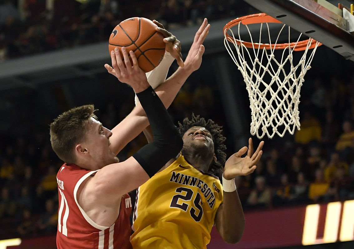 Badgers shoot 28% in 18-point loss to Minnesota