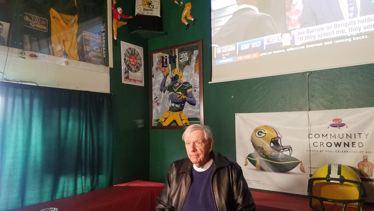 Former Packers GM Ron Wolf stops in La Crosse