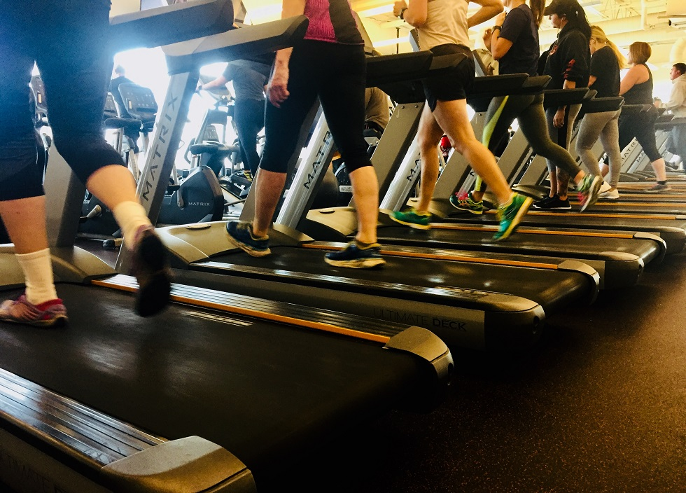 UPDATE: Minnesota governor announces COVID-19 restrictions on youth sports, fitness centers, bars