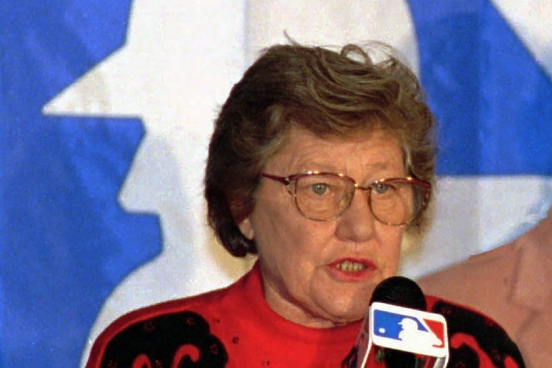 U of Cincinnati removing Marge Schott's name from stadium