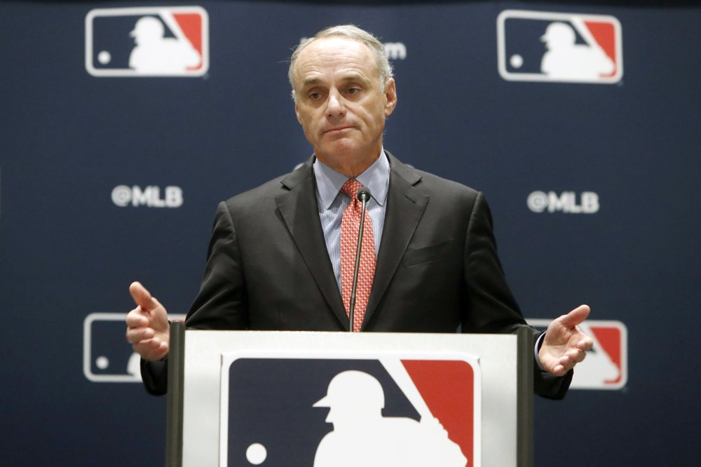 Manfred says '100%′ chance of MLB season, new proposal soon