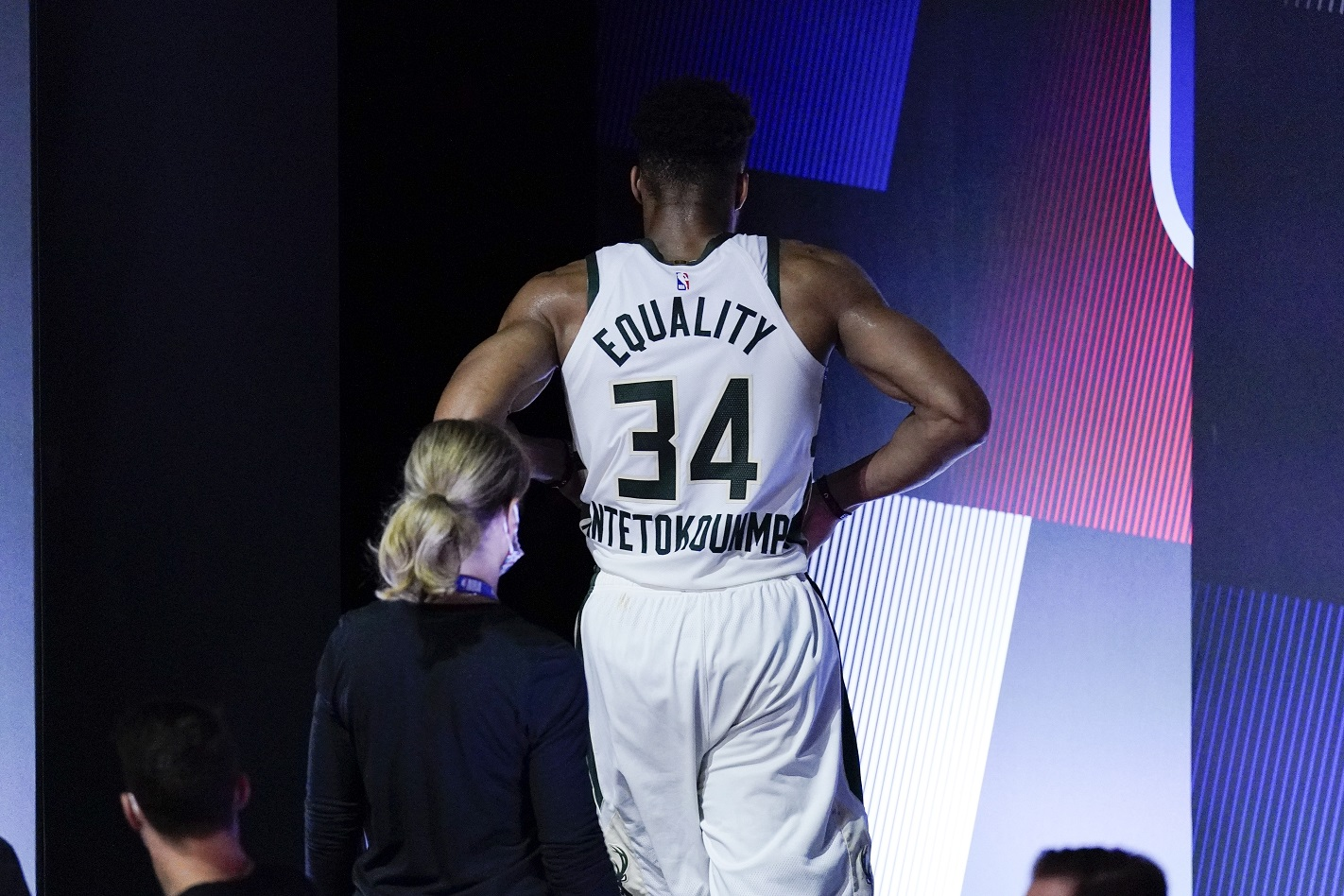 Should the Bucks even risk playing Antetokounmpo?