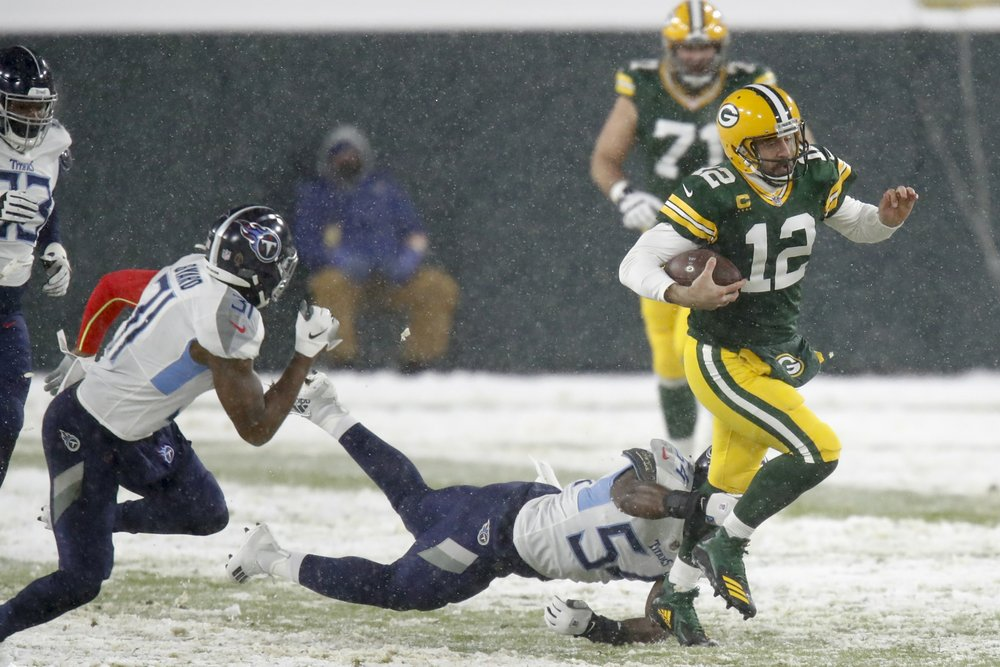 On Football: Playoff picture clears up — and muddles, too