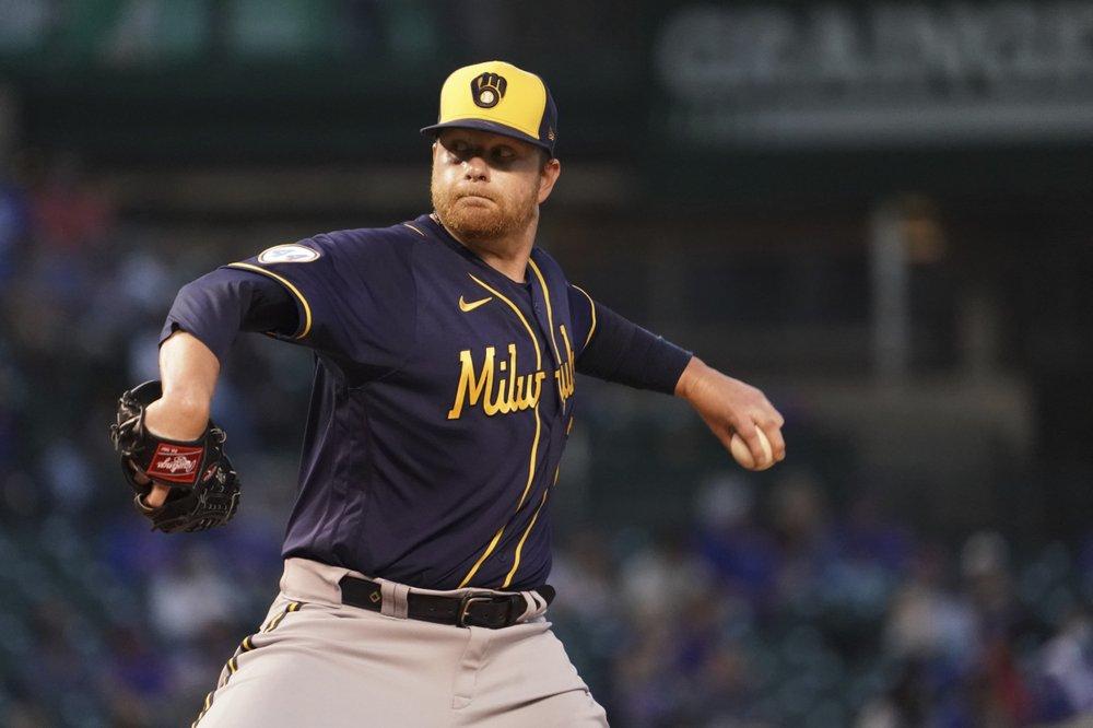 Contreras, Báez, Bote HRs lift Cubs over Brewers