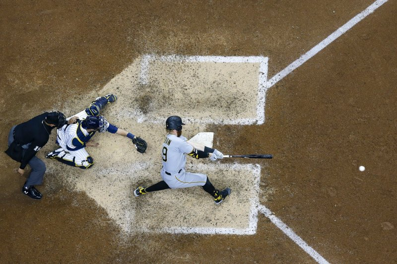 Moran HR, RBI double in 10th leads Pirates over Brewers 6-5