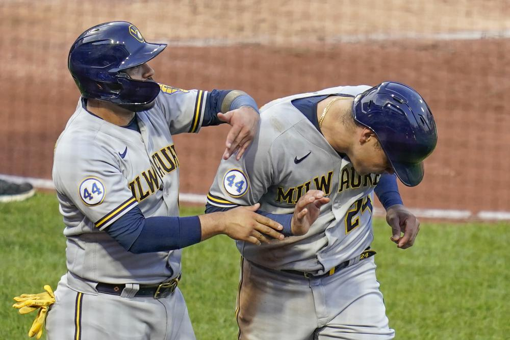 Narvaez's HR, 4 RBI leads Brewers to rout of Pirates