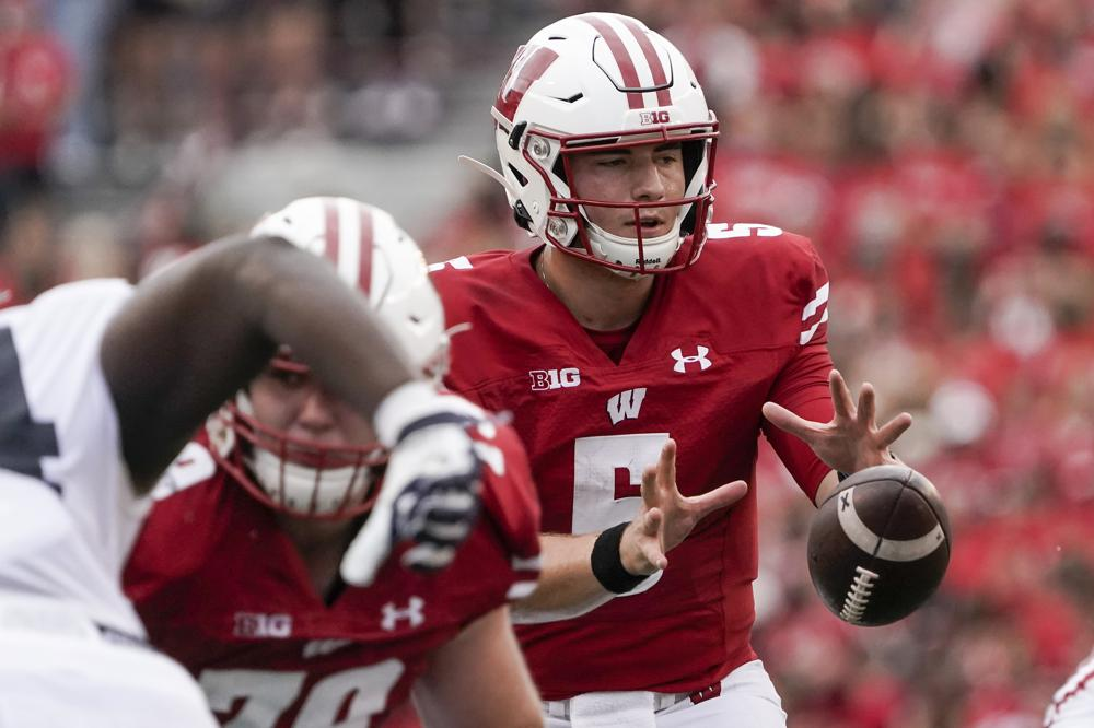 No. 18 Badgers try to bounce back against Eastern Michigan